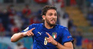 Man City challenge Arsenal in pursuit of Sassuolo midfielder
